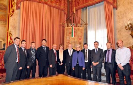La delegazione di Barcellona e di Bologna